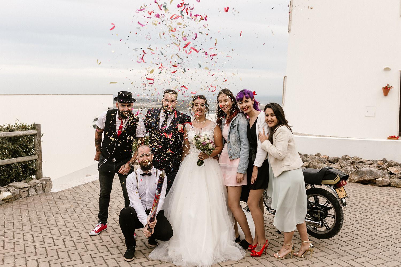 casamento com confetti