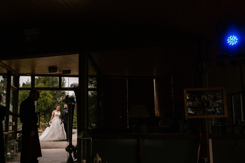 entrada dos noivos no salão da quinta moinhos de são filipe
