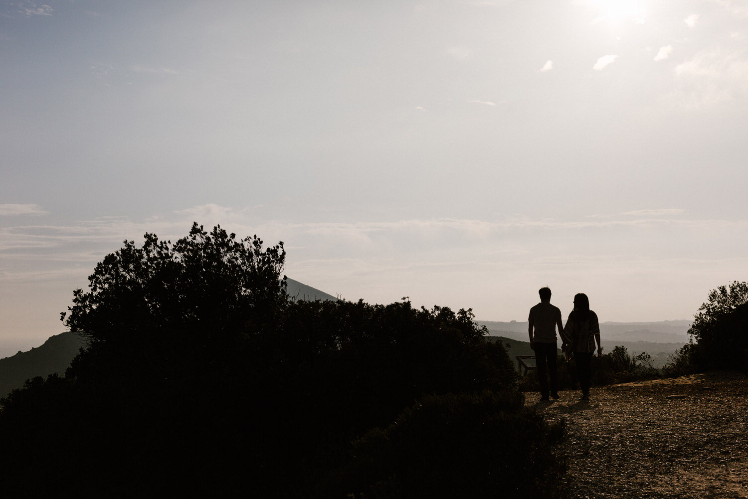 silhouette portrait of a young couple in their engagement session in Portugal