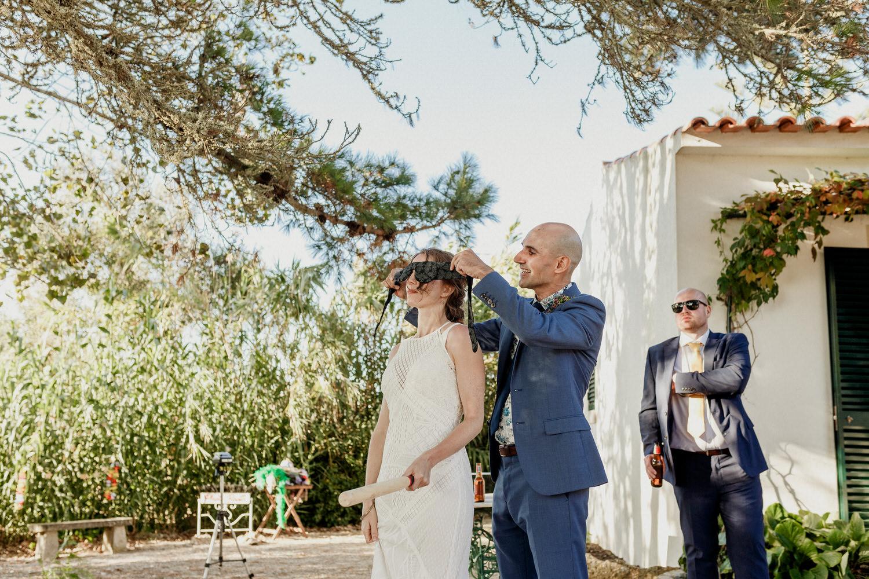 animação de casamento entre noivos