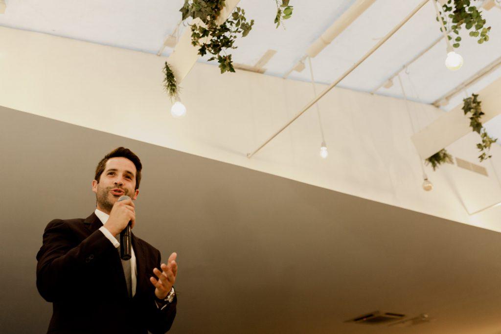 convidado discursa na quinta de casamento espaço caiado