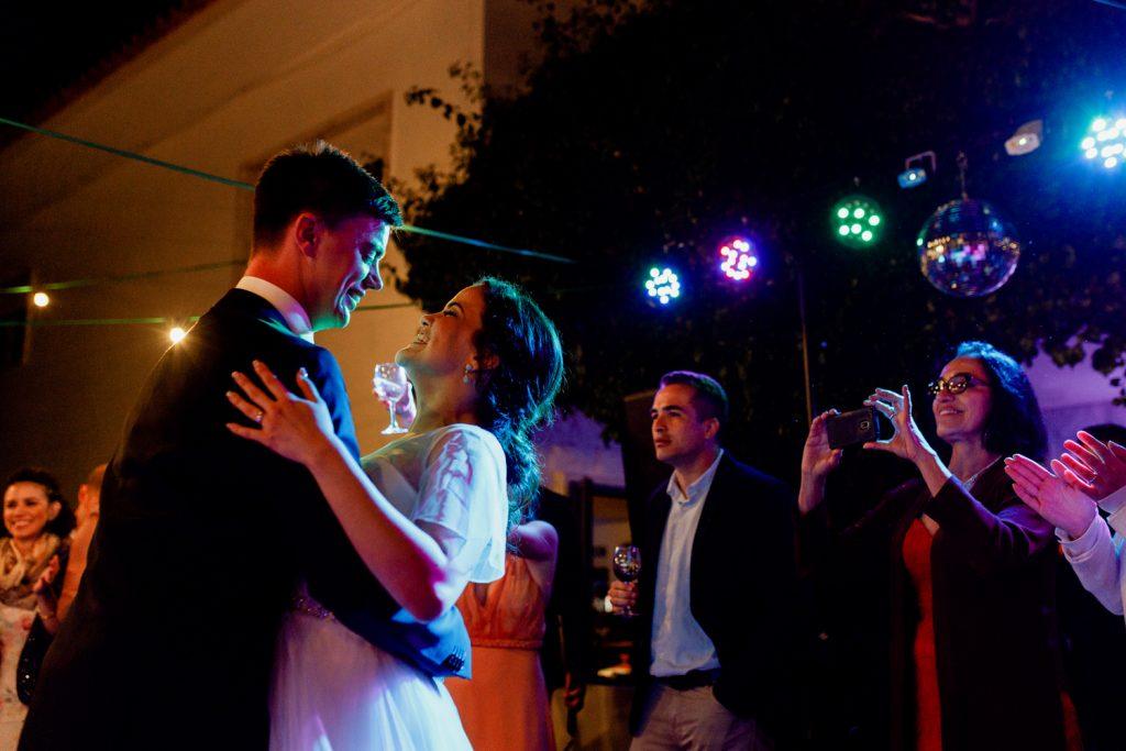 noivos danças durante a festa