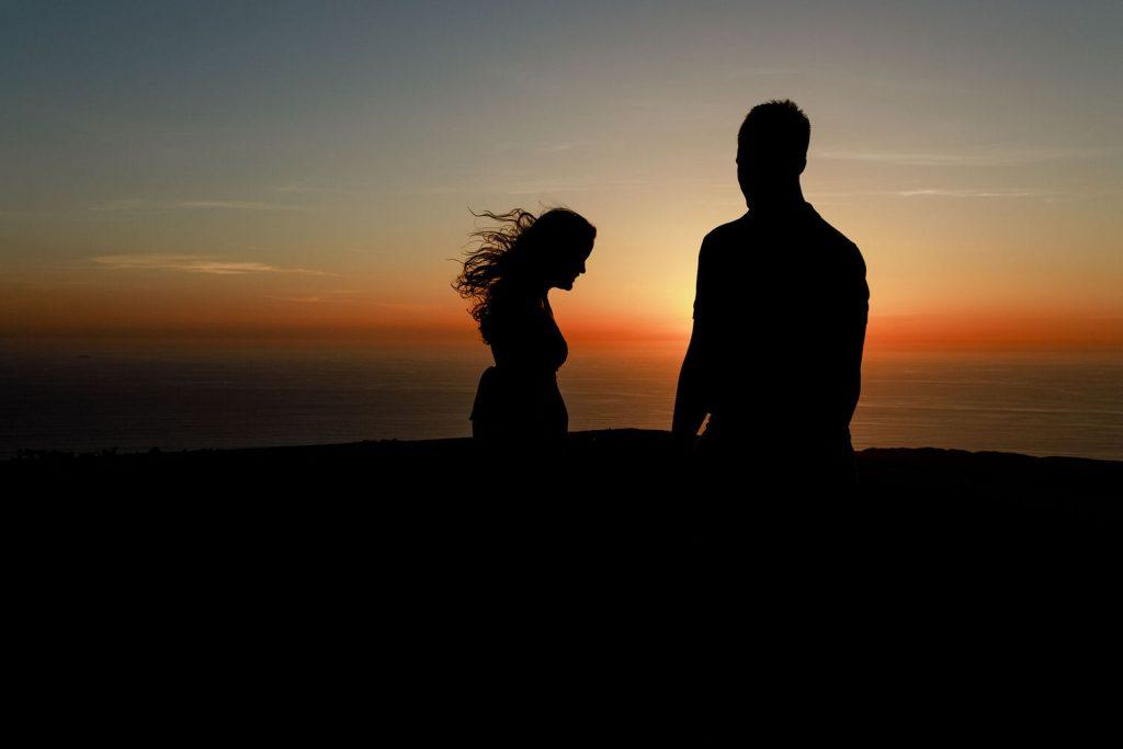 silhouette portrait on love session
